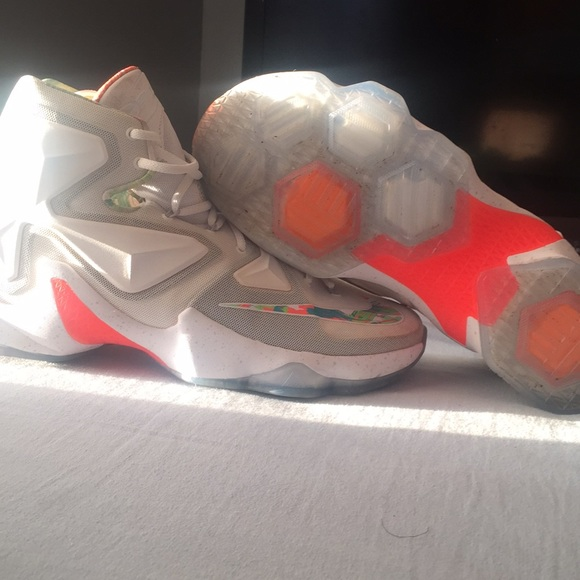 premium selection 3219b 19e28 Nike Shoes | Lebron 13 Xiii Easter Edition | Poshmark